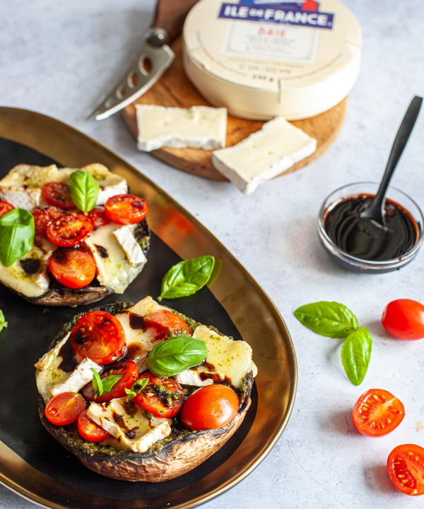 Recipe - Stuffed Portobello mushrooms with melted Île de France brie cheese
